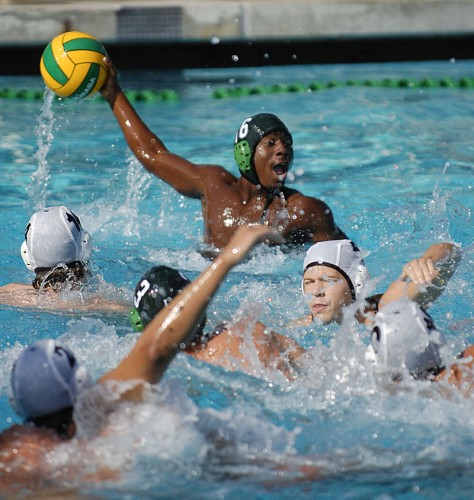Freshman Matt Johnson contributes to Sunday's victory over Caltech, making his pass over a host of defenders in the second half. The men's water polo team split a doubleheader Sunday. After losing their first match to Air Force, La Verne beat Caltech, 17-7. / photo by Christopher Guzman