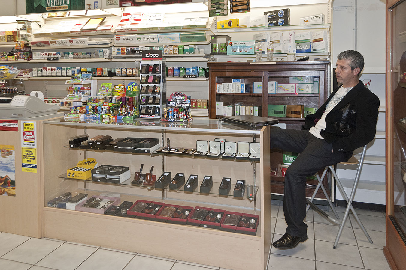 New downtown smoke shop raises eyebrows and city revenues