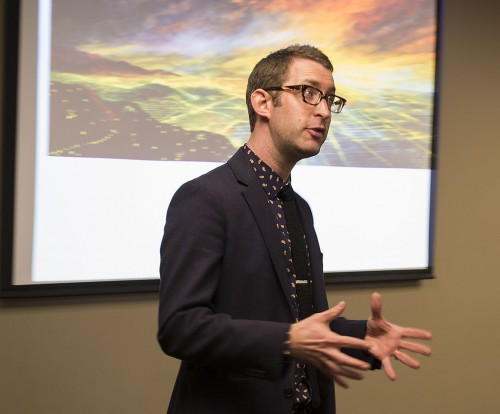 "Associate Professor of Art History Jon Leaver's lecture Monday addressed the process and application of panoramic photos in Los Angeles. Leaver also talked about the idea of panoramas in the Judy Garland film ""A Star is Born."" / photo by Julian Burrell"