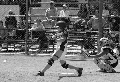 Jessica DeGiacomo of the University of La Verne got one base hit and one RBI, Saturday at Wheeler Park. The Leopards defeated the Tigers in the doubleheader, 4-1 and 7-3, making this their third victory over Occidental College this season. / photo by Jenna Campbell