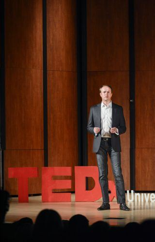 "Investor Bogumil Baranowski explains remote investing during the first ever TEDx La Verne event, ""New Perspectives"" Tuesday in Morgan Auditorium. The event was curated by senior communications major Flora Wong, for her senior project. TEDx conferences are independent local versions of TED, or Technology, Entertainment, Design, a non-profit media organization founded in 1984. / photo by Dorothy Gartsman"