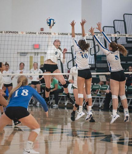 Junior middle blocker Briana Voght spikes down a kill to score a match point for La Verne in the third set against Franklin and Marshall Saturday. The Leopards ended the 2018 Pacific Coast Classic Tournament with a win over the Diplomats, 3-1. La Verne will travel to Texas for the Trinity Fall Classic and begin the tournament with a match against the Trinity Tigers on Friday.
