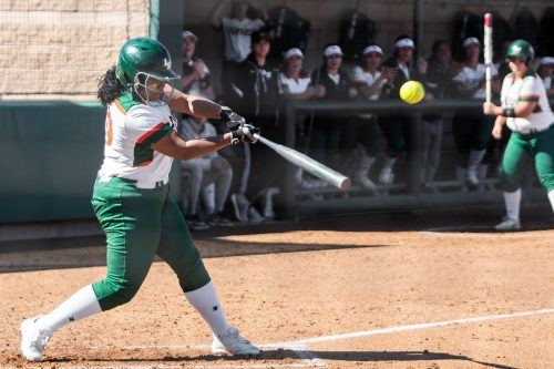 La Verne senior outfielder Sienna Kendricks bats during the bottom of the sixth inning game Saturday at Campus West. The Leopards won the first game, 6-4, and lost the second, 4-2. They will face the Berry University Vikings on March 10 at noon. La Verne senior outfielder Sienna Kendricks bats during the bottom of the sixth inning game Saturday at Campus West. The Leopards won the first game, 6-4, and lost the second, 4-2. They will face the Berry University Vikings on March 10 at noon. / photo by Ariel Torres