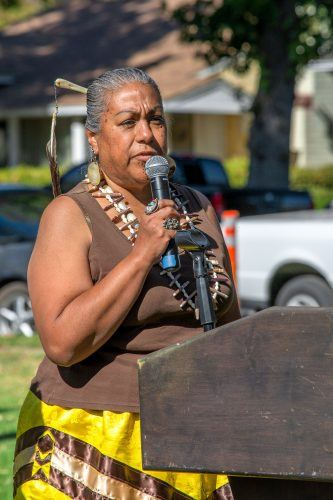 Tina Calderon, Tongva and Chumash tribe elder, spoke about the history of the Tongva tribe at the Tongva Dedication and Blessing Saturday in the Ludwick Center Lawn. The University dedicated the land it occupies to the Tongva tribe. / photo by Veronyca Norcia