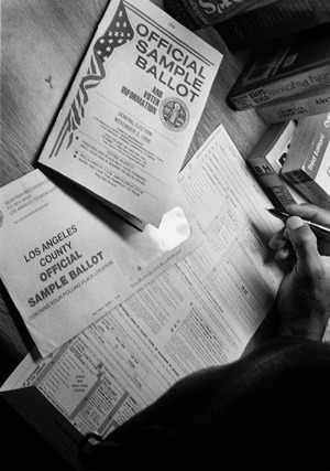 On Dec. 30, 1997, the California Secretary of State reported 3,709,308 registered voters in Los Angeles County. By Oct. 5, 1998, county voter registrations numbered 3,854,817, a 4 percent increase in nine months. / photo illustration by Michael P. Bailey