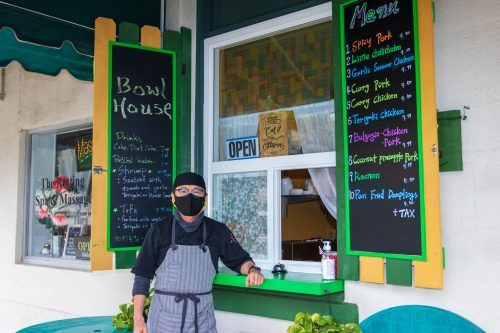 Bowl House is an affordable take-out Asian fusion restaurant in downtown La Verne that has become popular among University of La Verne students. Owner William Kim and his wife have recently given the restaurant a colorful remodel and menu change, while staying afloat throughout the pandemic despite the lack of ULV students on campus. / photo by Christine Diaz